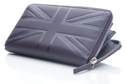 Zip around wallet in Britannia leather